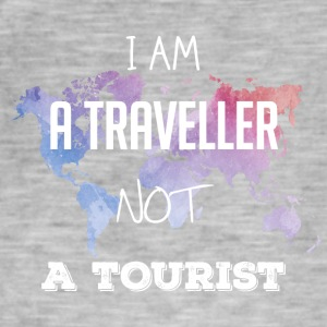 I am a traveler not a tourist - Men's Vintage T-Shirt