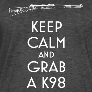 Keep Calm and Grab a K98 T-Shirt preppers - T-shirt vintage Homme