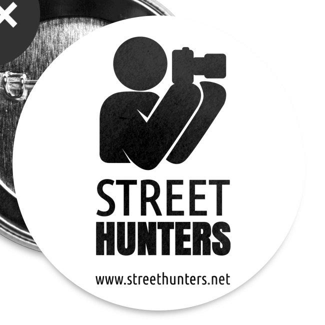 black logo on white circle URL png