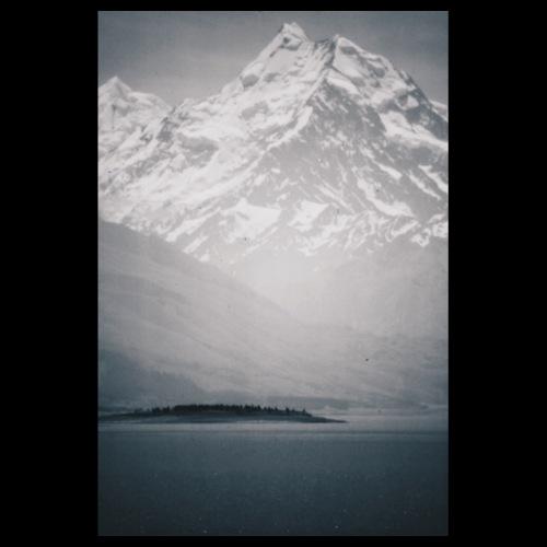 Snow Mountain / Analog Fotografie - Poster 20x30 cm