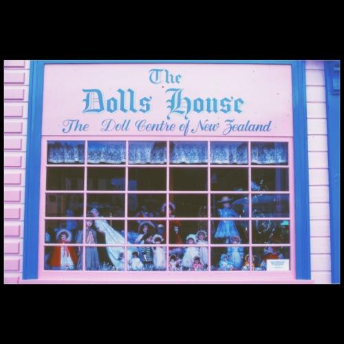 The Dolls House / Analog Fotografie - Poster 90x60 cm