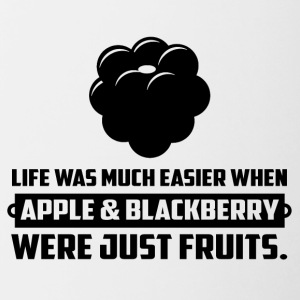 Apple en blackberry ... grappige zeggen - Mok tweekleurig