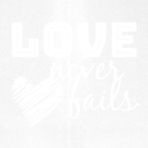 LOVE Never Fails - Flexfit baseballcap