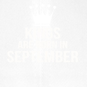 kings are born in september Kopie - Flexfit Baseballkappe