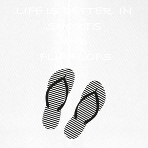 Life is better in shorts and flip flops Spruch - Flexfit Baseballkappe