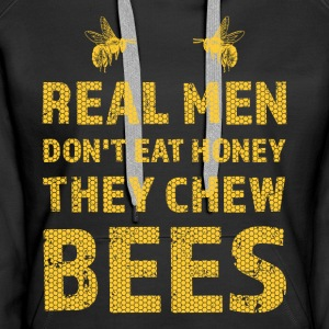 Real men chew bee design / gift - Women's Premium Hoodie