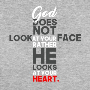 God Prefers Heart over Face - Frauen Bio-T-Shirt