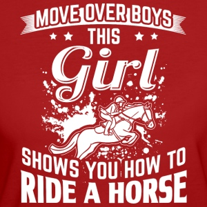 Ridehorse MOVE OVER this girls shows you - Women's Organic T-shirt