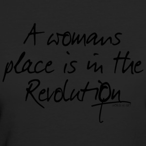 A womans place is in the Revolution - Women's Organic T-shirt
