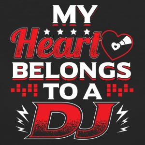 My Heart Belongs To A DJ - Frauen Bio-T-Shirt