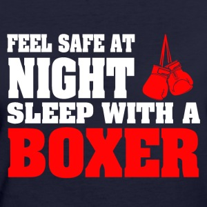 SLEEP WITH A BOXER - Frauen Bio-T-Shirt