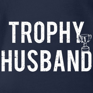 Trophy Husband - Økologisk kortermet baby-body