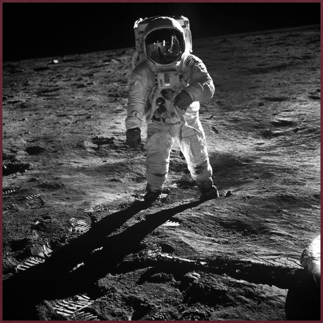 moon landing apollo