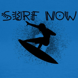 surf now 6 black - Women's T-Shirt