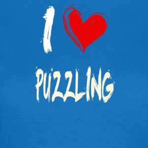 I love puzzles - Women's T-Shirt