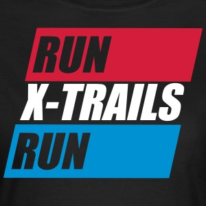 X-Spår. Kör-X-Trails-Run. Est. 2017 - T-shirt dam
