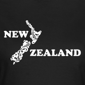 New Zealand: map and lettering in white - Women's T-Shirt