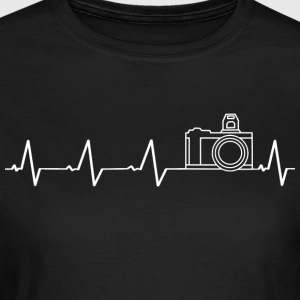 I love photography (heartbeat) - Women's T-Shirt