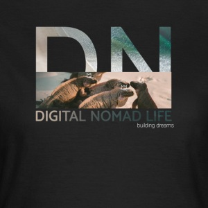 "Digital Nomad ""Iguana"" ~ Black Edition - Women's T-Shirt"