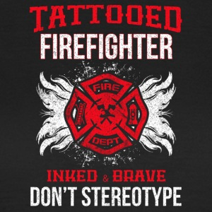 TATTOOED FIREFIGHTER - Vrouwen T-shirt