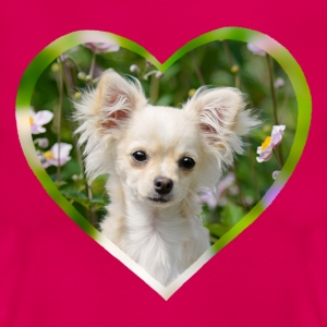 Chihuahua sweet puppy portrait with heart - Women's T-Shirt