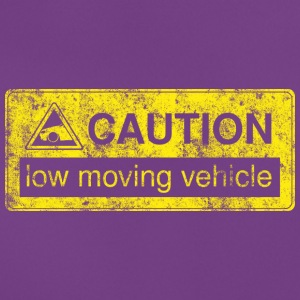 caution lowmovingvehicle by GusiStyle - Frauen T-Shirt
