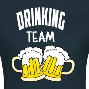 drinkend team - Vrouwen T-shirt