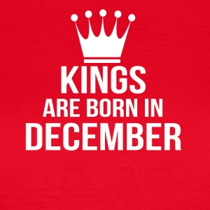 kings are born in december - Women's T-Shirt