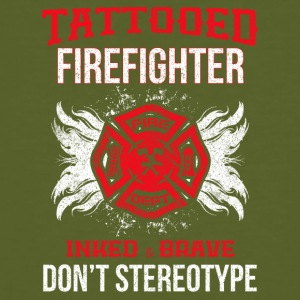 TATTOOED FIREFIGHTER - Mannen Bio-T-shirt
