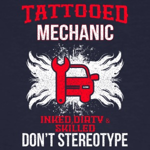 TATTOOED MECHANIC - Männer Bio-T-Shirt