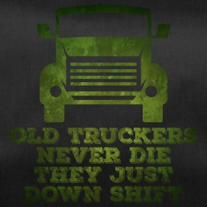 Trucker / Truck Driver: Old Truckers Never Die. They - Duffel Bag