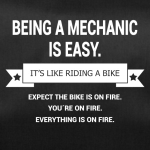 BEING A MECHANIC - Sporttasche