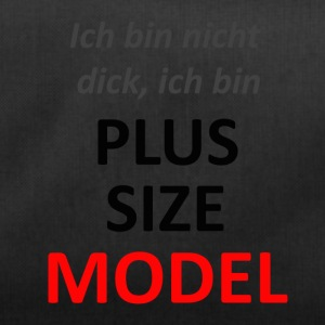 plus size model - Sporttasche