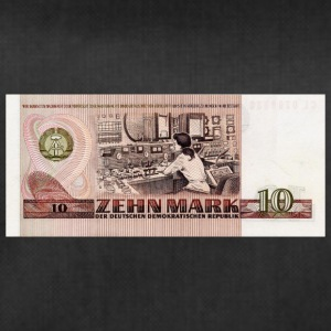 10 mark bill of DDR - Sporttas