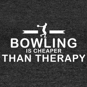 Bowling is cheaper than therapy - Frauen Pullover mit U-Boot-Ausschnitt von Bella