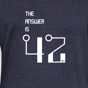 The Answer is 42 - Frauen Pullover mit U-Boot-Ausschnitt von Bella