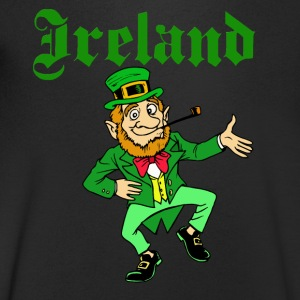 Ireland St Patrick Leprechaun - Men's V-Neck T-Shirt
