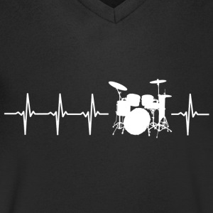 I love drums (drum heartbeat) - Men's V-Neck T-Shirt