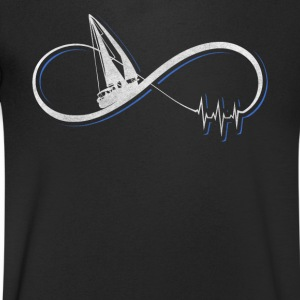 I love sailing gift / design - Men's V-Neck T-Shirt