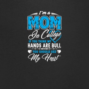 mom - Men's V-Neck T-Shirt