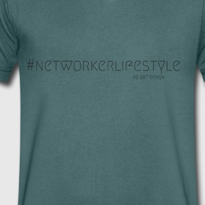 NETWORKER LIFESTYLE - Hustle Fashion by Design Kontor - T-skjorte med V-utsnitt for menn