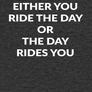 EITHER YOU RIDE - Männer T-Shirt mit V-Ausschnitt