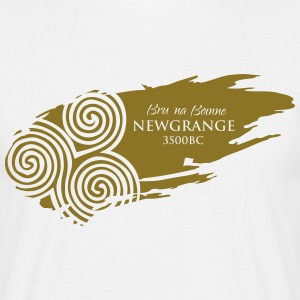 Legend_-_Newgrange - Men's T-Shirt