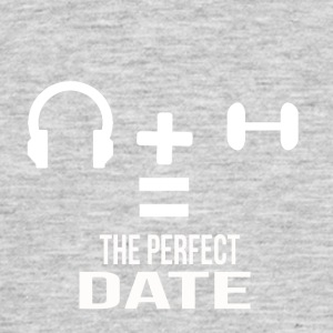 the perfect date - Men's T-Shirt