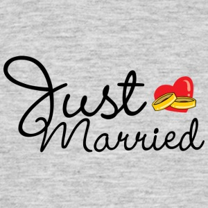 Just Married Rings Heart - Men's T-Shirt