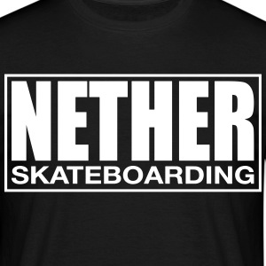 Nether Skateboarding T-skjorte Svart - T-skjorte for menn