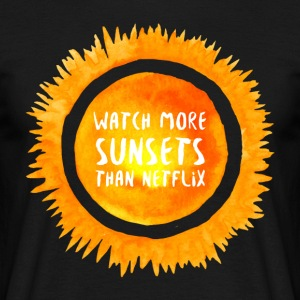 Hipster: Watch more sunsets than netflix - Men's T-Shirt