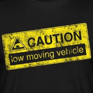 caution lowmovingvehicle by GusiStyle - Männer T-Shirt