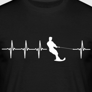 Water skiing, heartbeat design - Men's T-Shirt