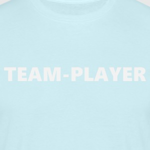 Teamplayer 3 (2172) - Männer T-Shirt
